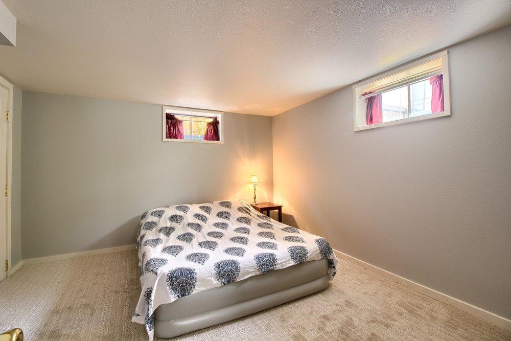06_Bedroom_IMG_1011.JPG
