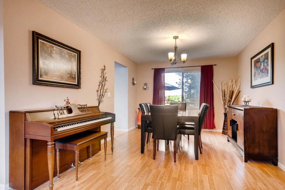 5700 S Jasper Way Centennial-MLS_Size-006-20-Dining Room-1800x1200-72dpi.jpg
