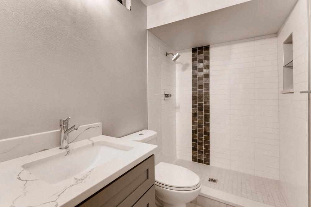 3000 S Elati Street Englewood-MLS_Size-023-18-Lower Level Bathroom-1800x1200-72dpi.jpg
