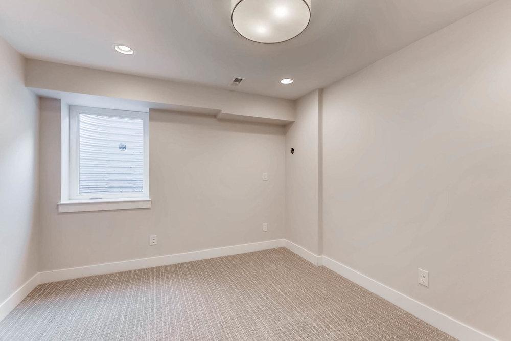 3000 S Elati Street Englewood-MLS_Size-022-25-Lower Level Bedroom-1800x1200-72dpi.jpg