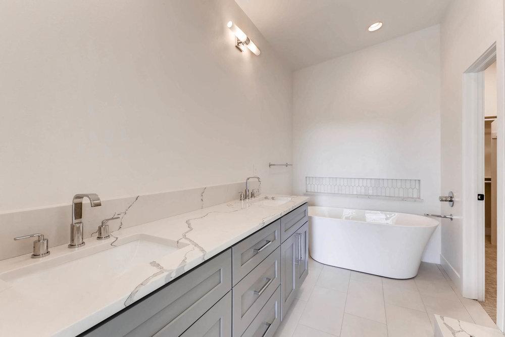 3000 S Elati Street Englewood-MLS_Size-014-16-2nd Floor Master Bathroom-1800x1200-72dpi.jpg