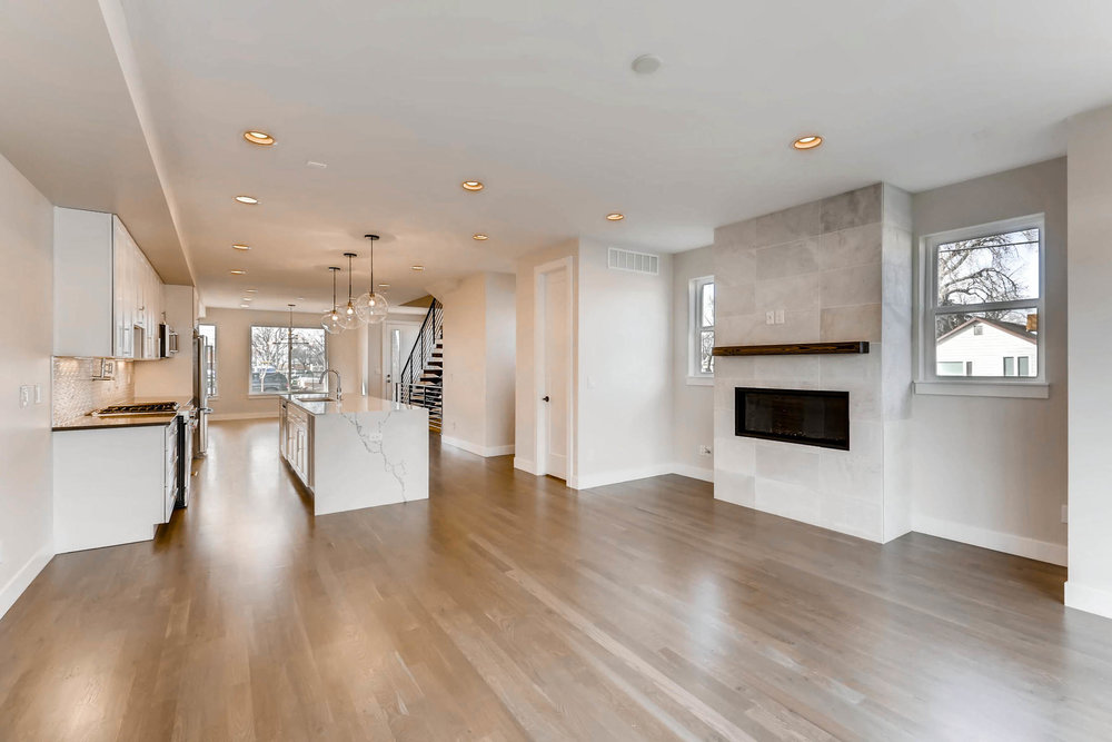 3000 S Elati Street Englewood-MLS_Size-003-28-Living Room-1800x1200-72dpi.jpg