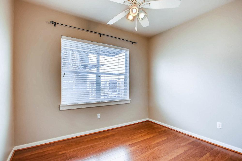 2808 Syracuse Street 216-MLS_Size-018-12-Bedroom-1800x1200-72dpi.jpg
