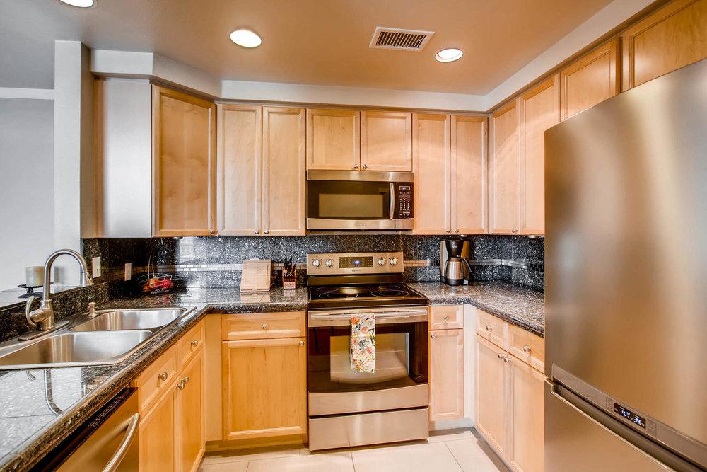 2808 Syracuse Street 216-MLS_Size-009-22-Kitchen-1800x1200-72dpi.jpg