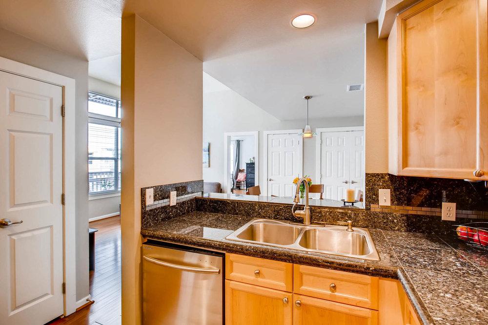 2808 Syracuse Street 216-MLS_Size-008-6-Kitchen-1800x1200-72dpi.jpg