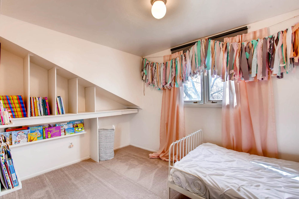 12626 E Bates Cir Aurora CO-MLS_Size-023-41-2nd Floor Bedroom-1800x1200-72dpi.jpg