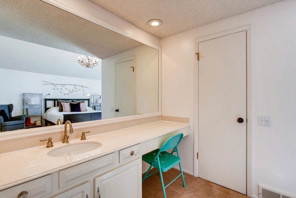 12626 E Bates Cir Aurora CO-MLS_Size-020-13-2nd Floor Master Bathroom-1800x1200-72dpi.jpg