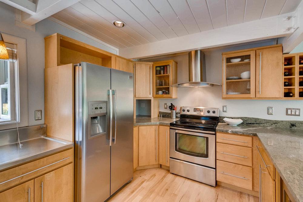 1373 S Eudora St Denver CO-MLS_Size-011-6-Kitchen-1800x1200-72dpi.jpg