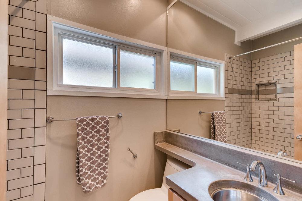 1373 S Eudora St Denver CO-MLS_Size-021-8-Bathroom-1800x1200-72dpi.jpg