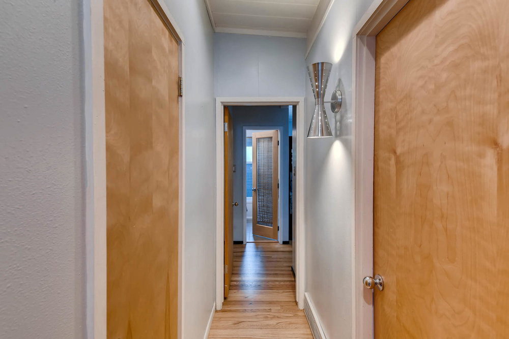 1373 S Eudora St Denver CO-MLS_Size-024-22-Hallway-1800x1200-72dpi.jpg