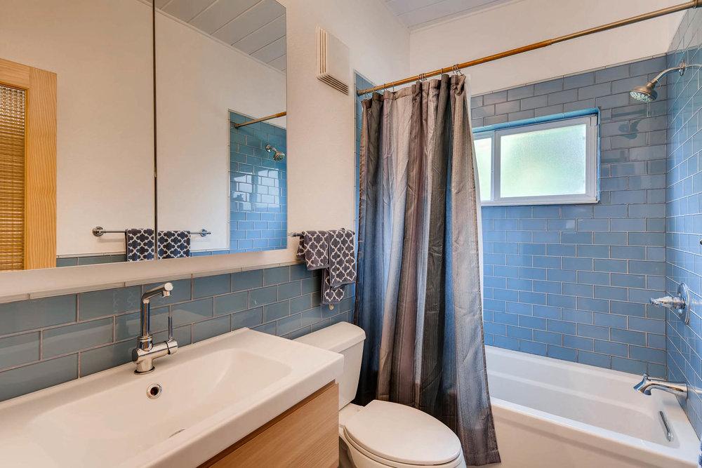 1373 S Eudora St Denver CO-MLS_Size-023-15-Bathroom-1800x1200-72dpi.jpg