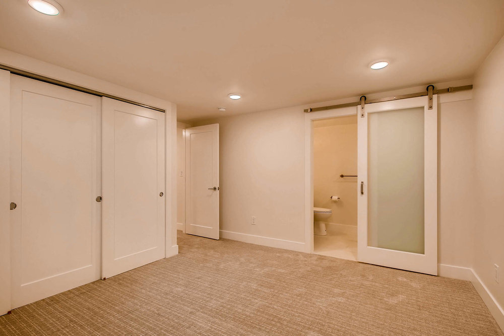 1827 S Jasmine Street Denver-019-22-Lower Level Master Bedroom-MLS_Size.jpg