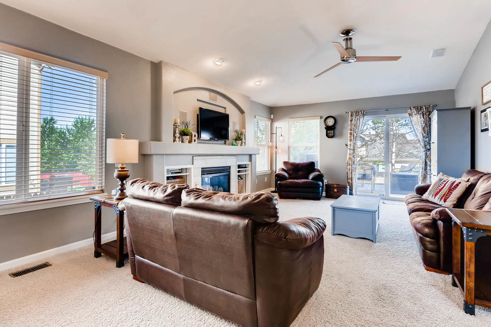 2577 S Flanders Court Aurora-003-4-Living Room-MLS_Size.jpg