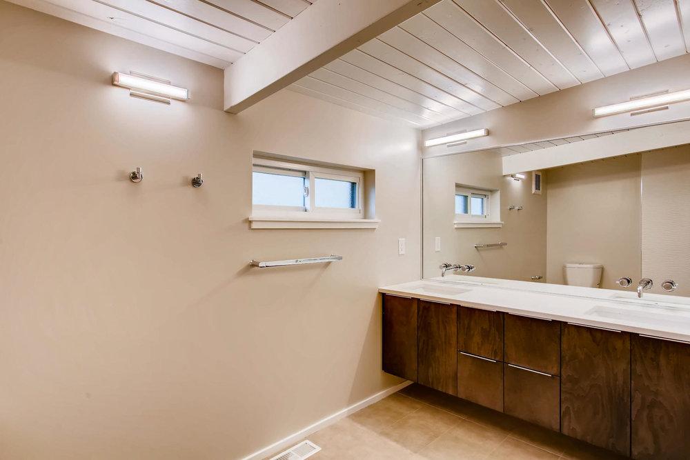 1332 S Edison Way Denver CO-021-35-Master Bathroom-MLS_Size.jpg