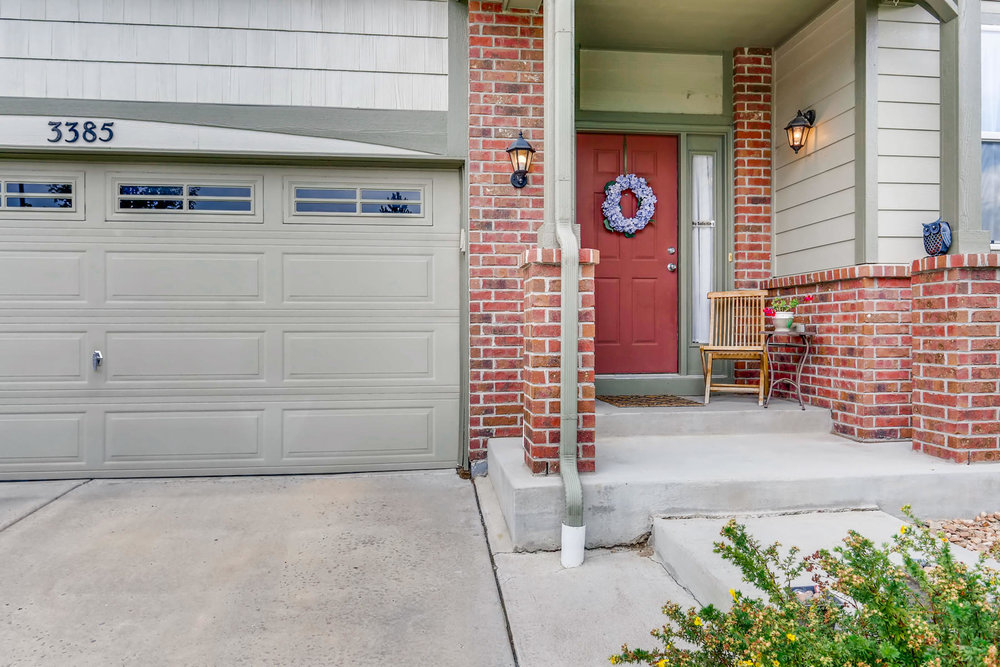 3385 S Jericho St Aurora CO-003-7-Exterior Front Entry-MLS_Size.jpg
