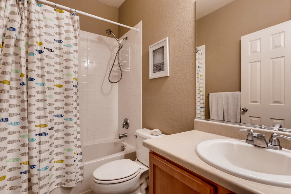 3385 S Jericho St Aurora CO-018-25-Bathroom-MLS_Size.jpg
