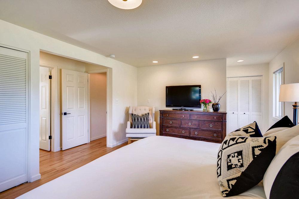 747 N Faver Dr Castle Rock CO-014-33-Master Bedroom-MLS_Size.jpg