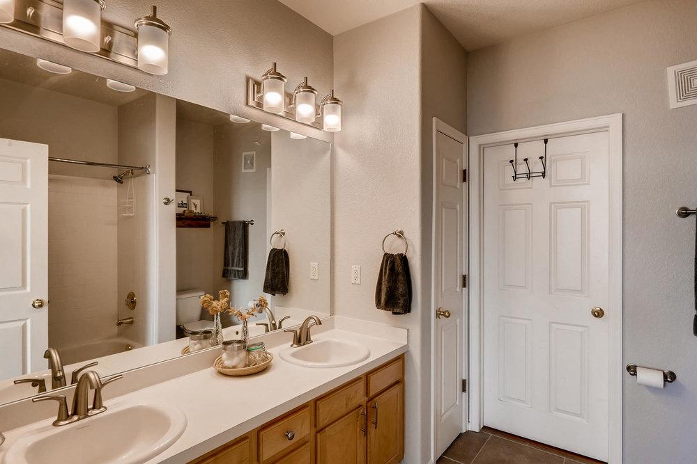 2142 S Fulton Cir 204 Denver-015-2-Master Bathroom-MLS_Size.jpg