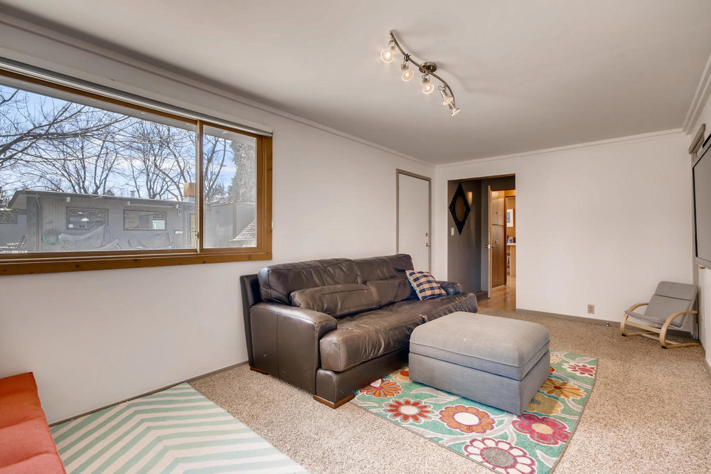 1835 S Jersey Way Denver CO-021-15-Family Room-MLS_Size.jpg