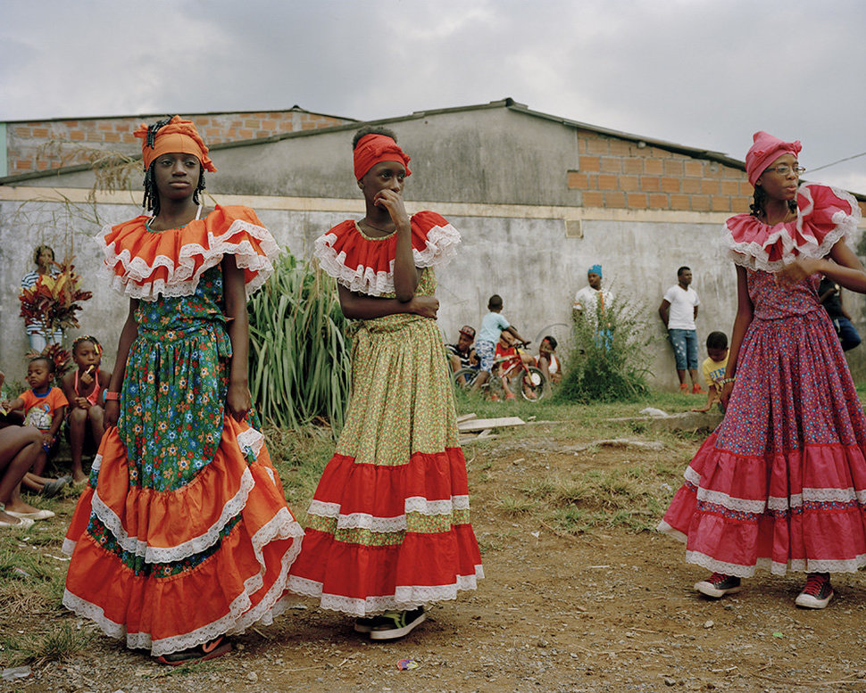 ©Maureen Drennan  - Afro-Colombian youth prepare to perform for a small community that hosts many displaced families.