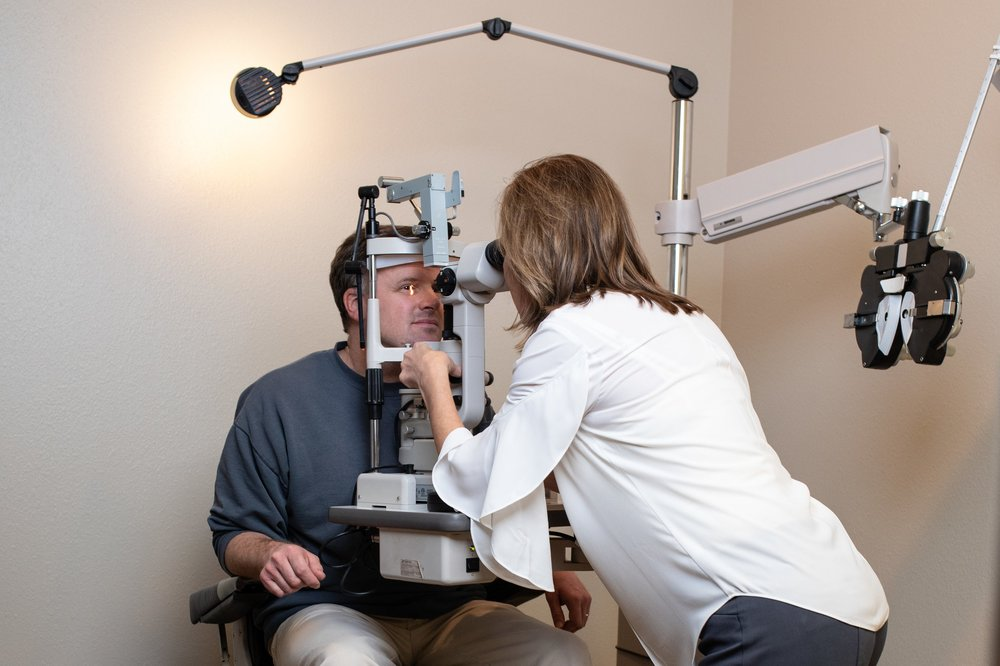 ee806da962ef Our Services - Evaluations for cataracts