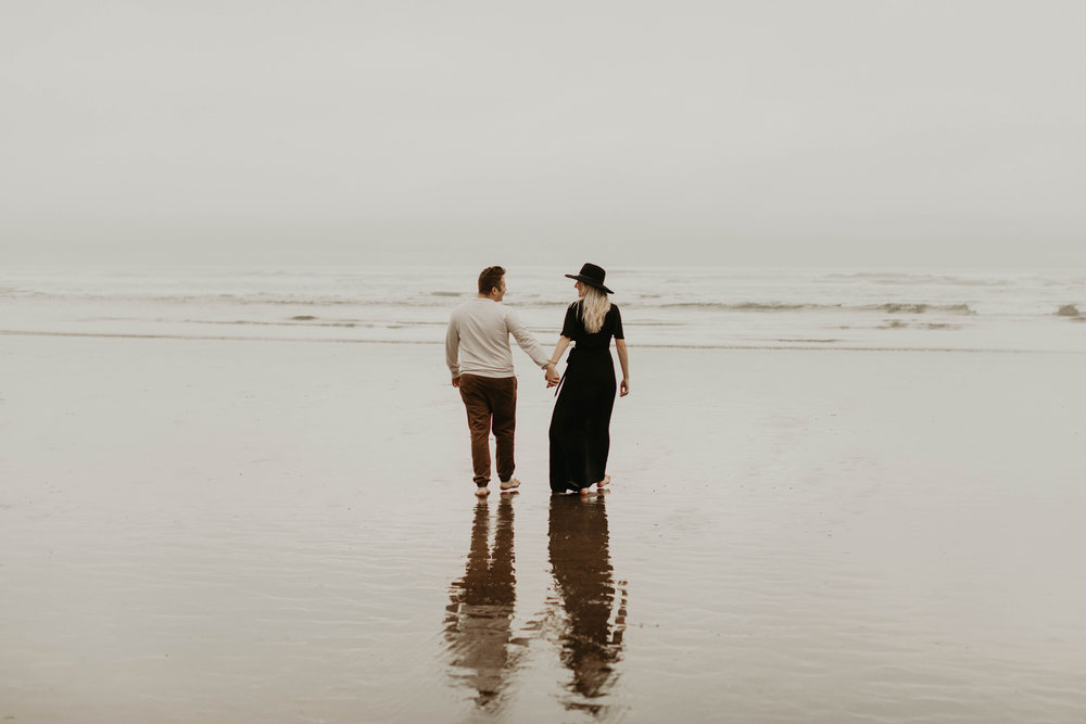 cannonbeachoregoncouplessession22.jpg