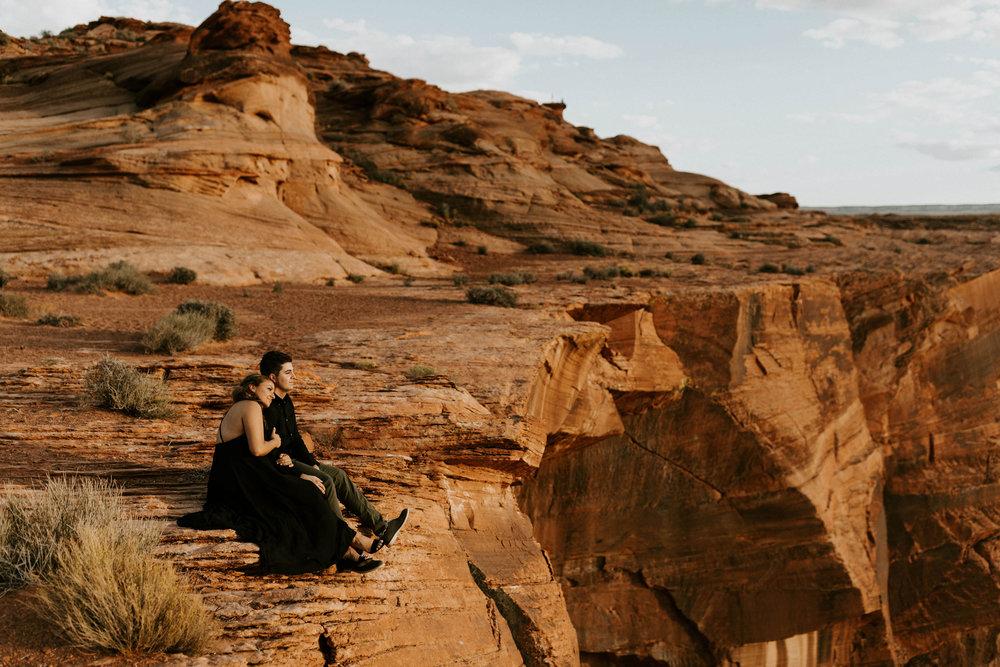 horseshoebendengagementsessionerikagreenephotography30.jpg