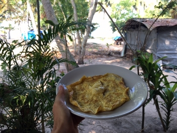 Eggs are a great option when you're travelling! At this homestay they made everyone pancakes which I couldn't eat, so I asked for an omelette instead. Easy!