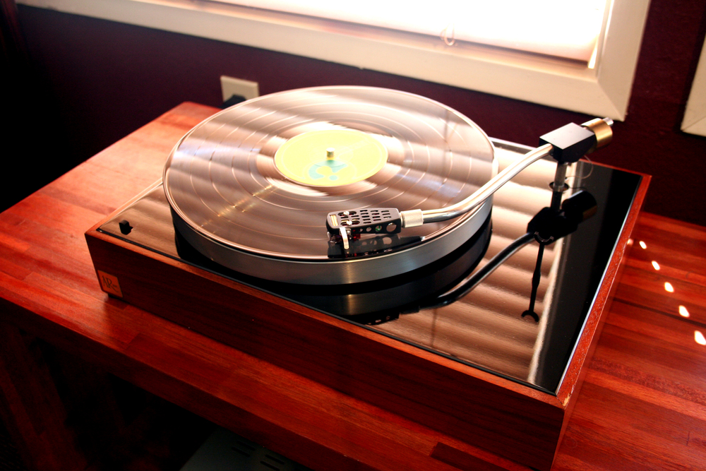 AR-XA Twin 1 Classic AR-XA with original tone-arm and Denon DL-110 cartridge.  Refinished walnut base, gloss black top plate, flat black coated T-bar, original AR motor.  Upgraded grounded power cable and upgraded AR RCA cables and custom GHA dustcover.  Sold.