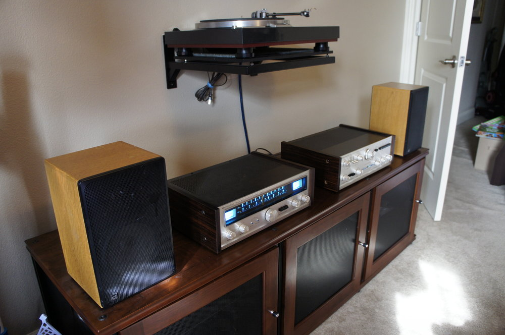 Richard C System:   Kenwood KA-7002 (restored). Kenwood KT-7001 9 (restored), ADS L-200s (stock), Kenwood KD-600 customized with Jelco 750E tone arm and vintage Grace F9F cartridge.