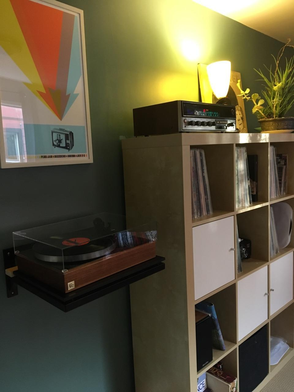 J and S Fisher System:  Kenwood receiver, Silverline speakers, GHA Custom AR-XA/Rega turntable.  Sweet!