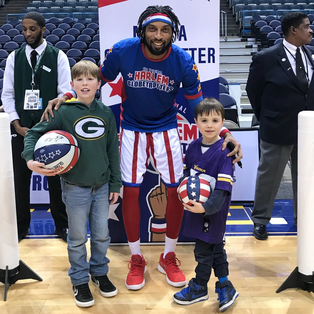 Celebrating New Years Eve with the Harlem Globetrotters in Milwaukee, WI