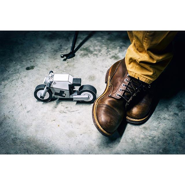 paperbike M3 - my personal favorite. get cozy and nerd out with a blade and some glue - build a paperbike model kit. 📸 x @godspeedco