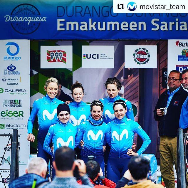 A big ride from our pequeña @eidermerino for 9th today! Good signs of improving form for me finishing in top 20... above all great teamwork today @Movistar_Team! 💙 Rest day tomorrow to prep for a big few days ahead... #RodamosJuntos #Repost @movistar_team 👇 ・・ 💚⚪️❤️ Este jueves han comenzado cinco días de competición muy especiales para nuestras chicas: la 'semana grande' del ciclismo vasco. En #DurangoDurango18, brillante actuación de @eidermerino -9ª, a poco más de 1' de Anna Van der Breggen (DLT)- y notable nivel conjunto de Movistar Team, con cuatro ciclistas entre las 25 primeras -@jasinska_gosia (16ª), @rachneylan (19ª) y @lorenallamas_ (21ª)-. Cuarto mejor equipo del día, por detrás de tres escuadrones como Mitchelton, WaowDeals y Boels. Buen presagio de lo que viene 👏 (📸 Sean Robinson / @velofocus)