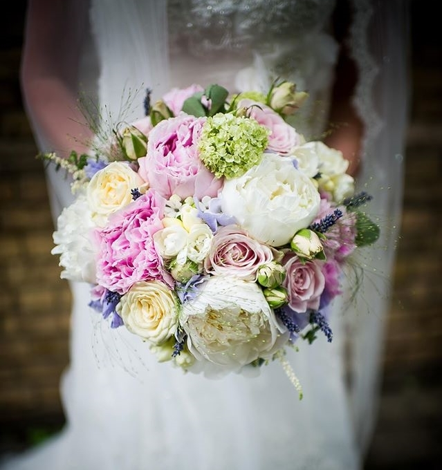 bride and bouquet 3.jpg