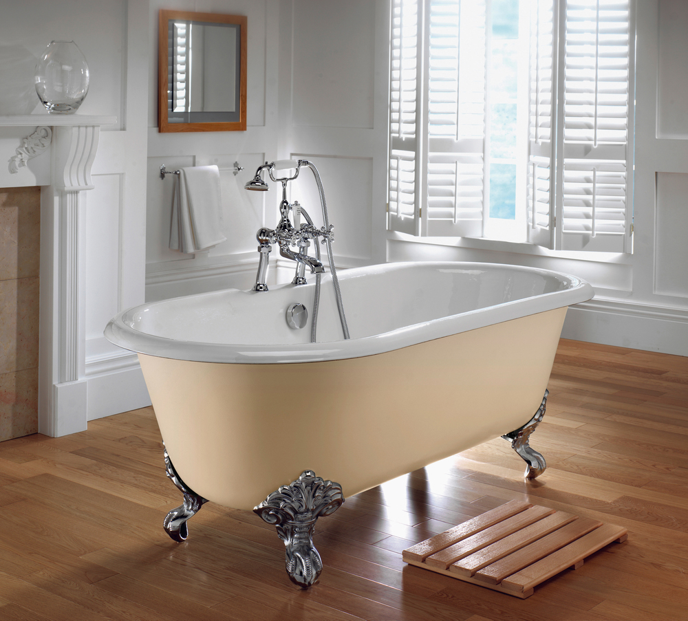 10.-Taylors-Etc-Bentley-double-ended-bath-Imperial-Bathrooms-high-res1.jpg