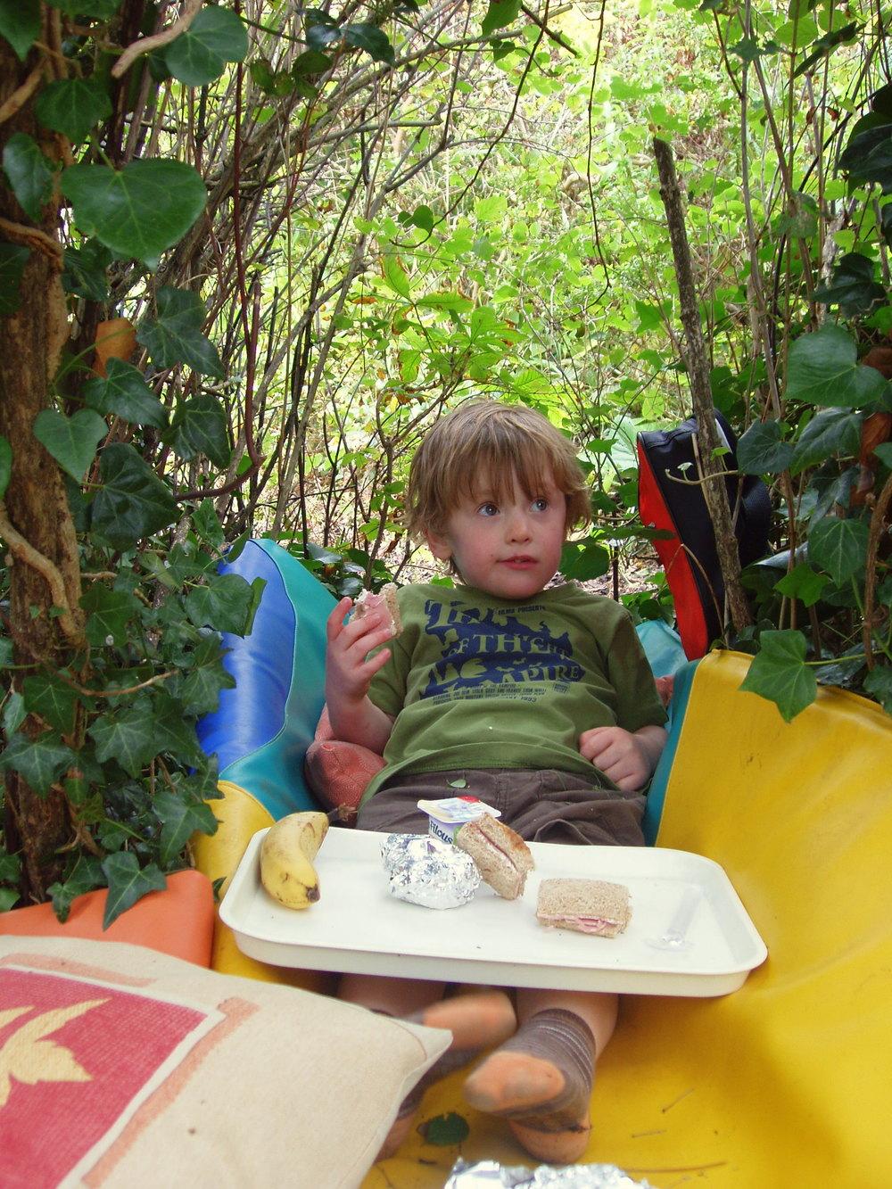 Eddie lunch in garden.JPG