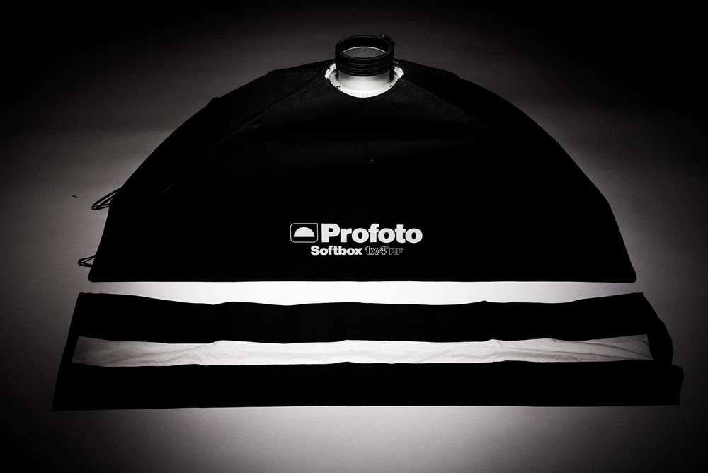 Profoto softbox 1 x 4 fot med strip mask