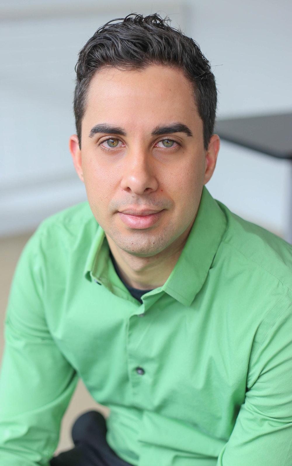 Xavier Suarez headshot.jpg
