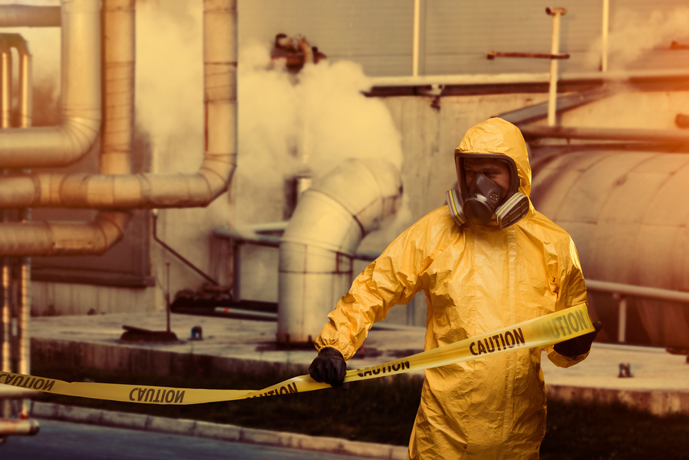 Chemical_Workers_iStock_000021382236XXX_web.jpg