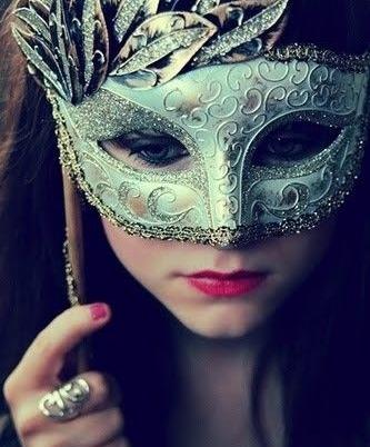 mascara4.jpg