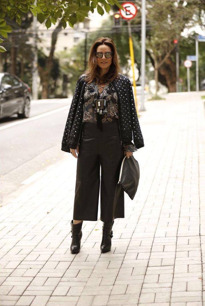 Calça Cris Barros| blusa Ateen| Casaco Ateen para C&A