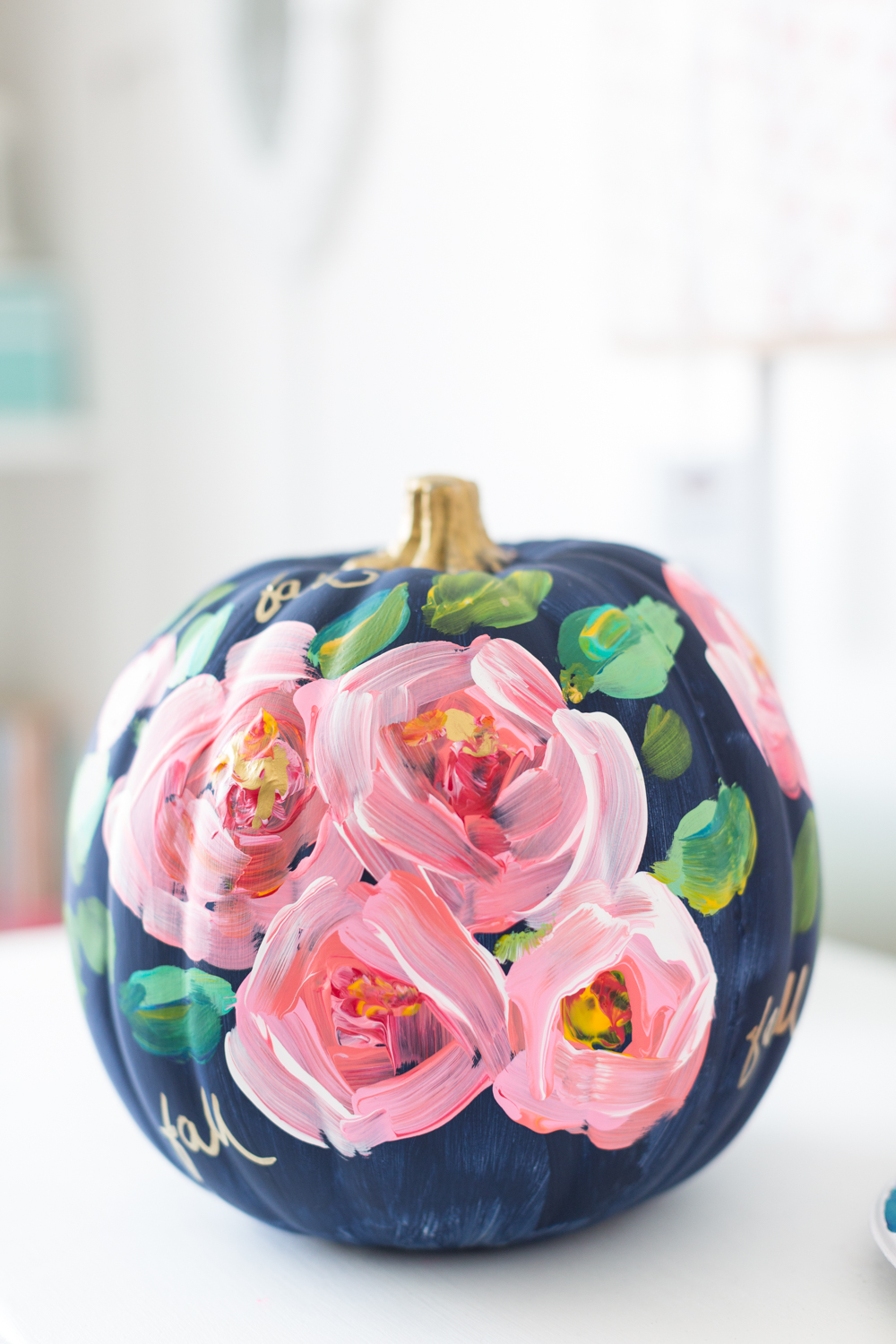 Turn your pumpkin into painted piece of art. Photo:  Craft Berry Bush