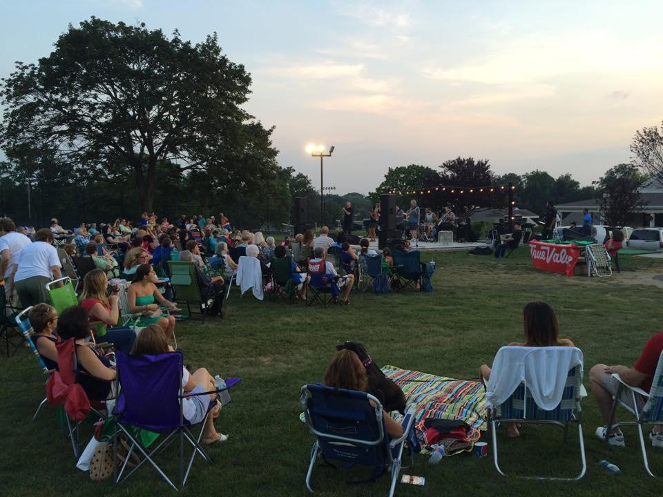 Lake Isle Town Summer Concert.jpg