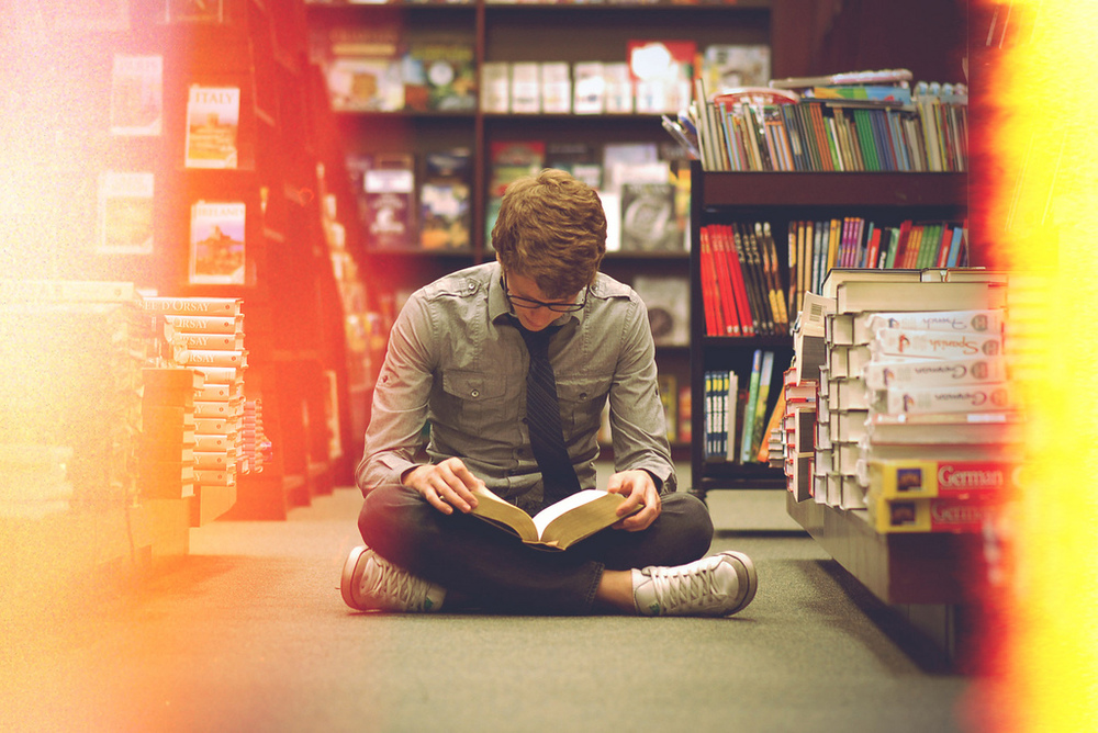 5 Ways Reading Makes You a Better Person By Calvin Tyler