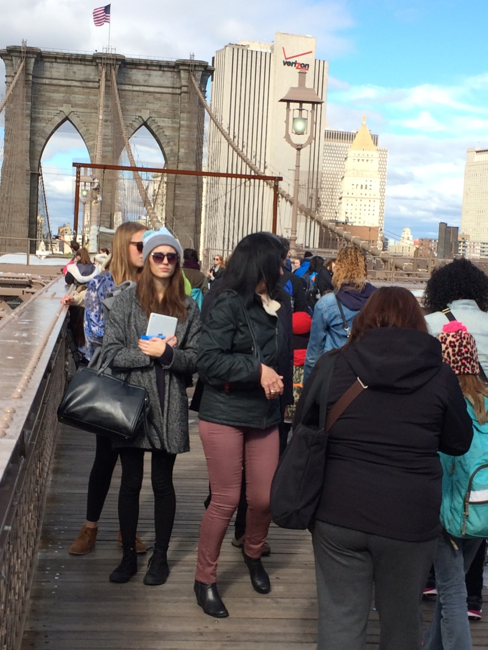 Brooklyn Bridge tourists