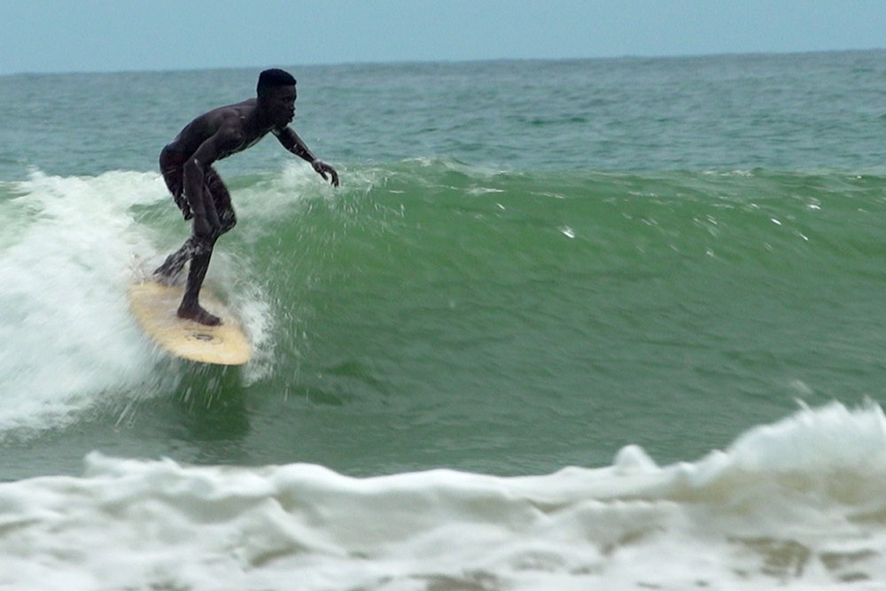 Surf in Ghana -