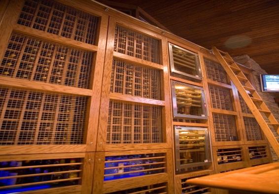 Niko's interior.jpg