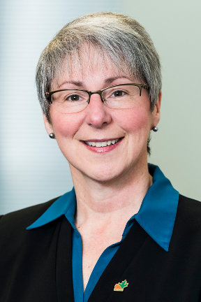 Mélinda Nycholat, P.Eng. - Vice-President,Operations-ProcurementDefence Construction Canada
