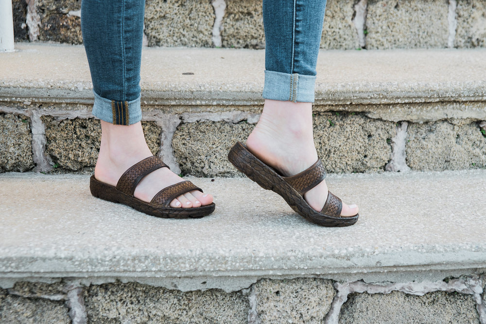 Pali Hawaii   Jane Jandal   in Dark Brown.